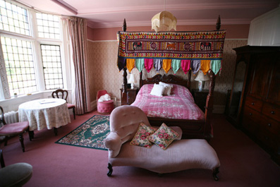 A bedroom at Banwell Castle